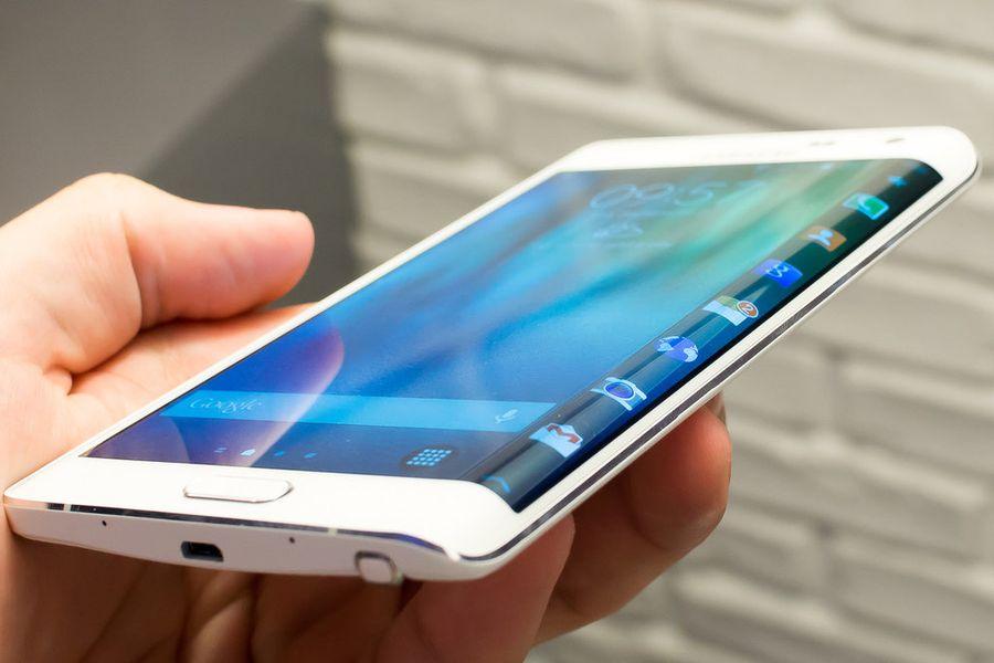 Samsung изогнет экран Galaxy S7 Edge с четырех сторон!