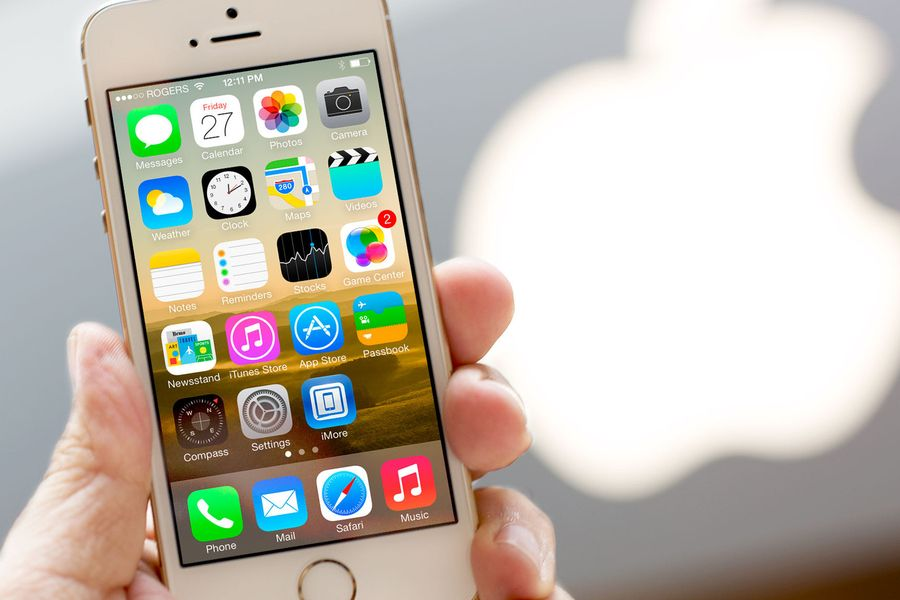 Apple iPhone 5se vs Samsung Galaxy S7: серьезный вызов корейцам