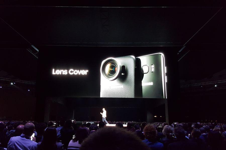 Чехлы Samsung Lens Cover для Galaxy S7 и Galaxy S7 Edge