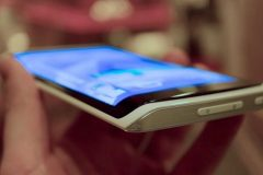 HTC 11 (HTC One M11) может получить изогнутый экран 2K UltraHD