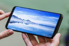 Флагманский смартфон Samsung Galaxy S9 получит экран 4K UltraHD+
